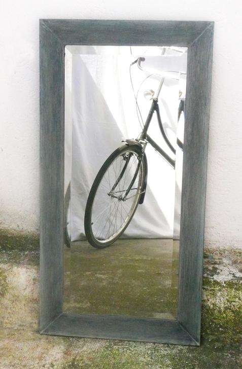 Miroir gris bleu