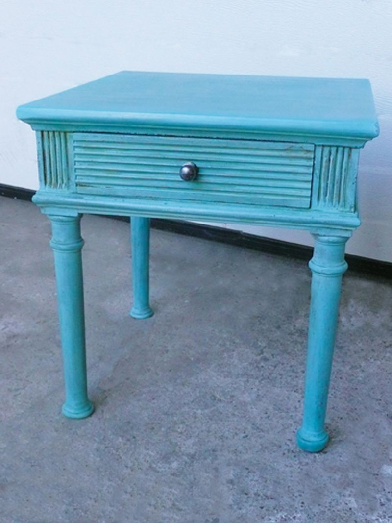 Table basse turquoise